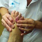 Fotobeschrijving: Voet, teenstukje, handen, pedicure Netty Huytker